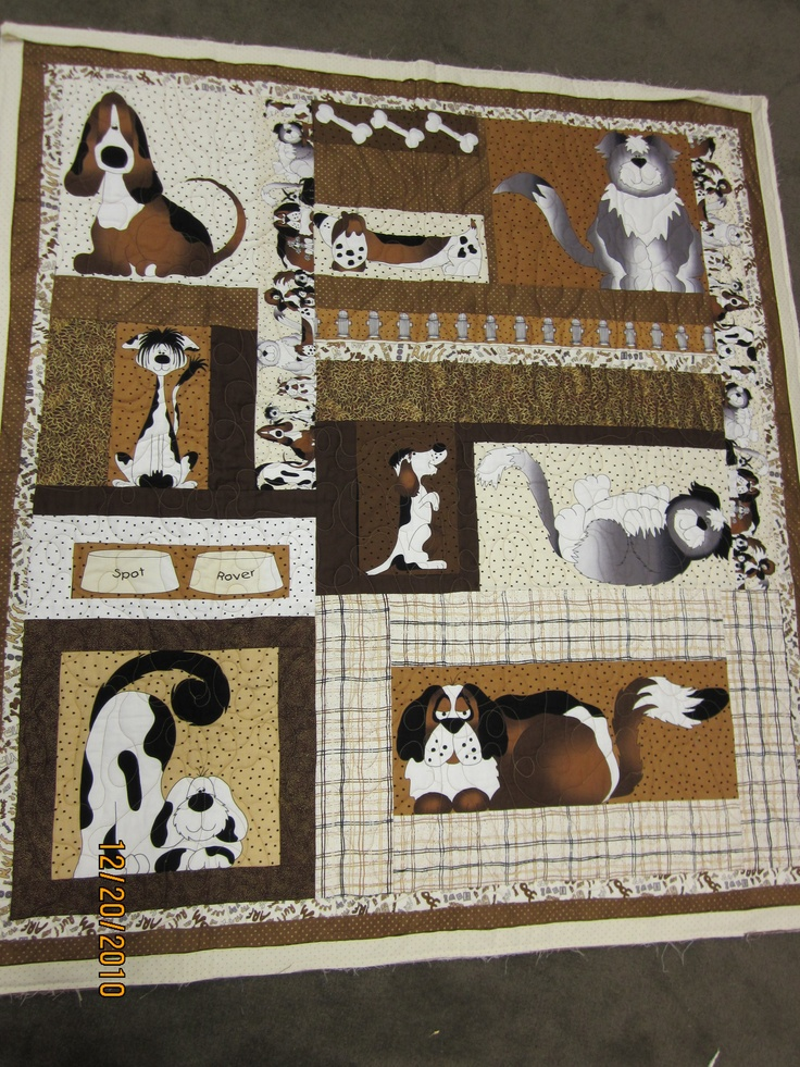 My cousin Helene is sooo good!! Dog Quilt 2
