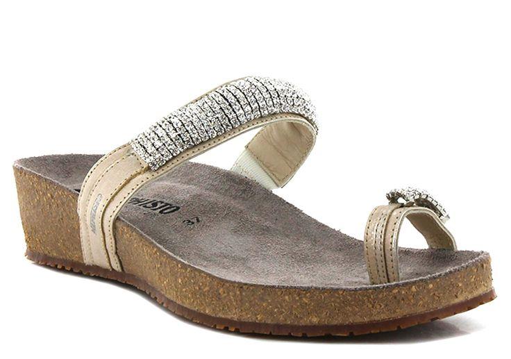 Mephisto IZABEL SAND, Mules / Sabots | Carré Pointu. Sandales printemps / été, idéales pour la plage et les sorties de jour comme de nuit ! à retrouver sur carrepointu.com