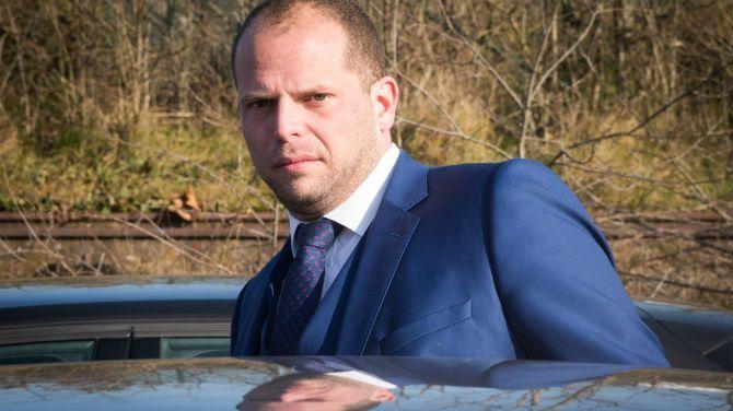 Theo Francken weigert visum