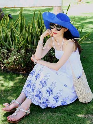 Korea feminine clothing Store [SOIR] #koreafashionshop #Fashionwomen  #korea #dailylook #dailyfashion #dress #top #skirt #pants #innerwear #bridemaid #honeymoon #partylook #leggings #homewear #koreafashion #clothes #vacance #honeymoon #バカンス #休假  Blue Embroidered One Piece / Size : FREE / Price : 25.45 USD