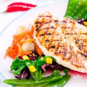#Poulet barbecue à la texane | http://selection.readersdigest.ca/cuisine/cuisiner/10-recettes-de-poulet?id=2