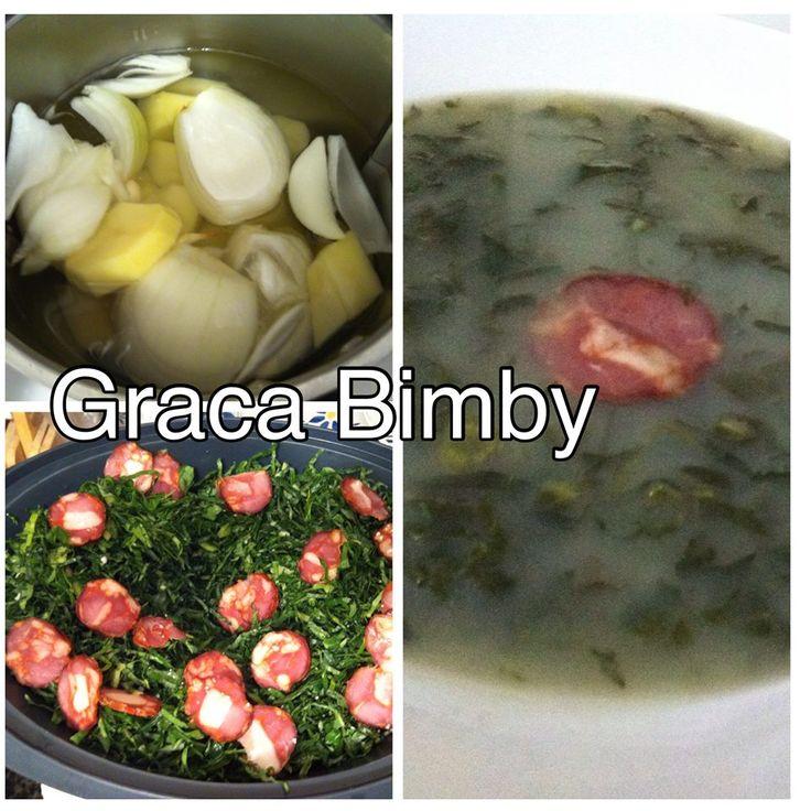 Caldo verde c/ chouriço XL  12 doses:      800 g batata  300 g cebola 4 dentes de alho 1000 g água + 1 litro a ferver para o final Sal q.b...