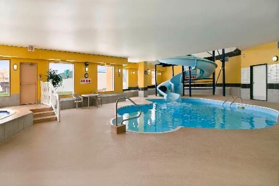 Indoor Pool House With Slide Indoor Pool With Slide And Pool Pinterest Pool Houses House