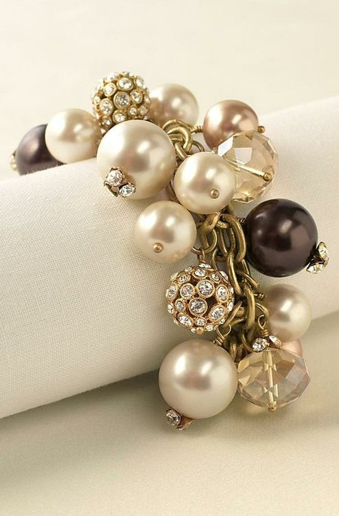 inspiration piece - Stella & dot: Dreamy White, Prom Jewelry, Jewelry Bracelets, Gold Bracelets, Stella Dots, Accessories, Gold Jewelry, Black Pearls, Pearls Bracelets