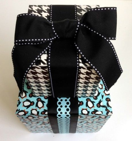 Houndstooth & Penguins gift wrap + 50 Creative Gift Wrapping Ideas for Christmas