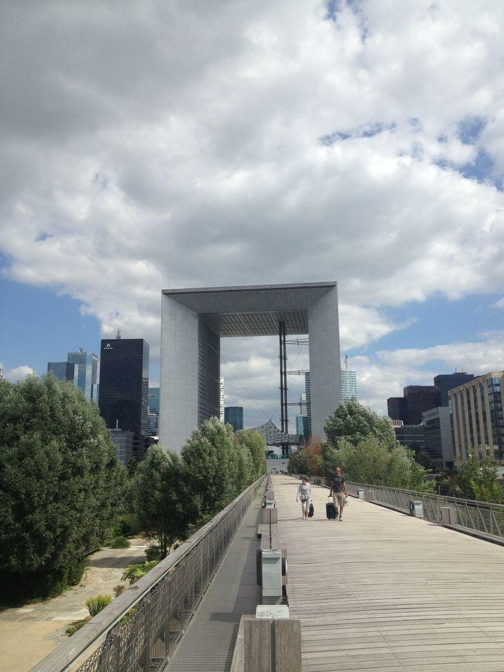 Arc de la Défense côté Nanter