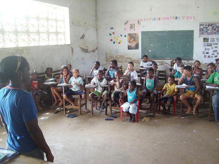 País Burro é aquele que não prioriza a Educação :http://www.oyu.com.br/pais-burro-e-aquele-que-nao-prioriza-a-educacao/