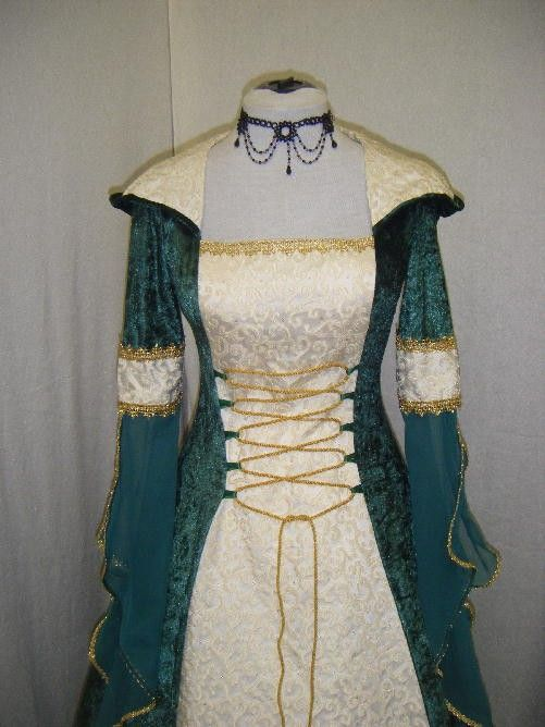medieval dress Celtic wedding dress Renaissance by camelotcostumes