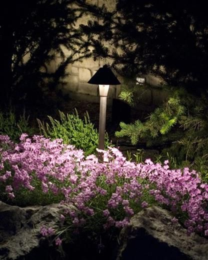Landscape Lighting from Nutri-Lawn