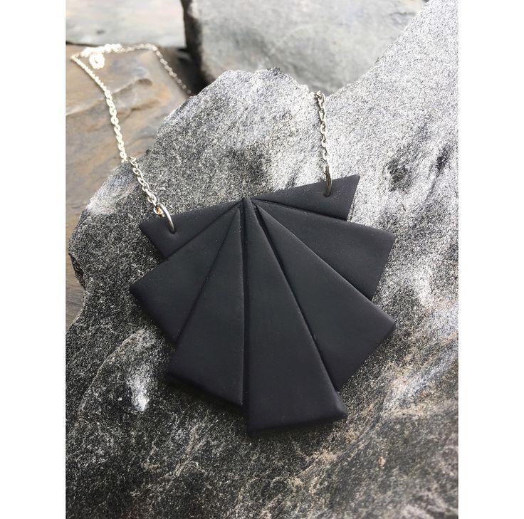 Origami fan necklace   Origami viuhka kaulakoru  made by CherryAnn Suomalaista käsityötä/ Made in Finland www.madebycherryann.com Instagram @madebycherryann Facebook Made by CherryAnn