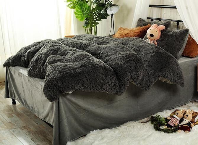 Best 25 Fluffy Bed Ideas On Pinterest Fluffy White