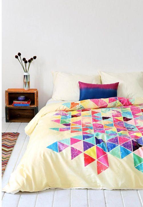 Aztec bed spread college dorm pinterest for Aztec bedroom ideas