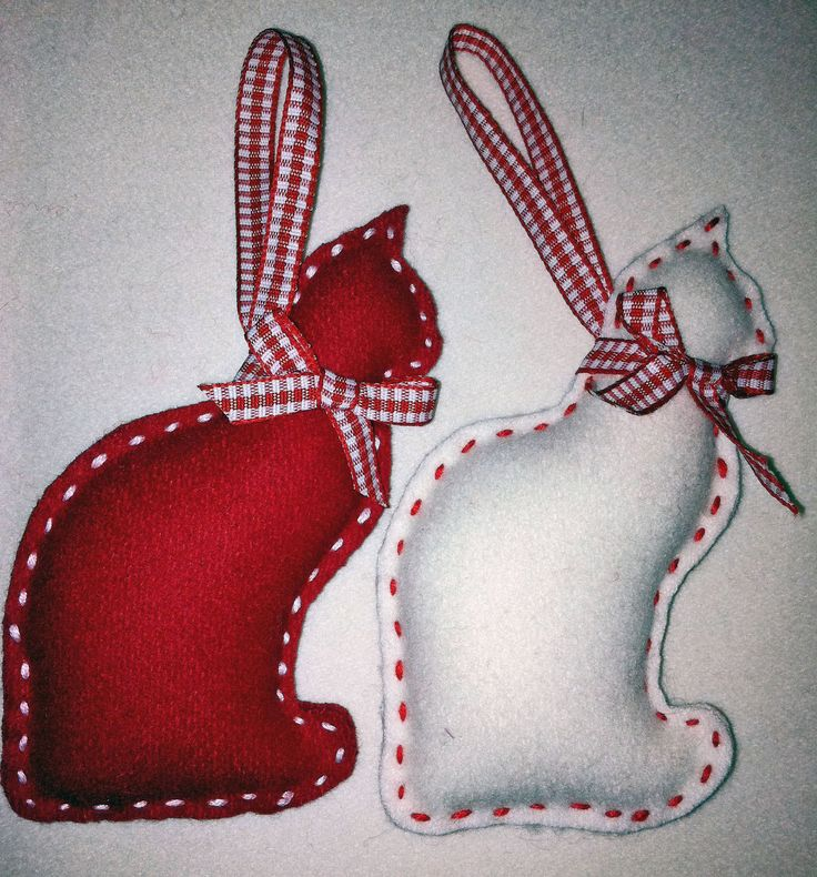 Cat Felt Christmas Ornament set of 2 by marilous on Etsy, €7.00