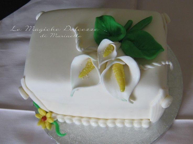 mini cake rivestita in pasta di zucchero