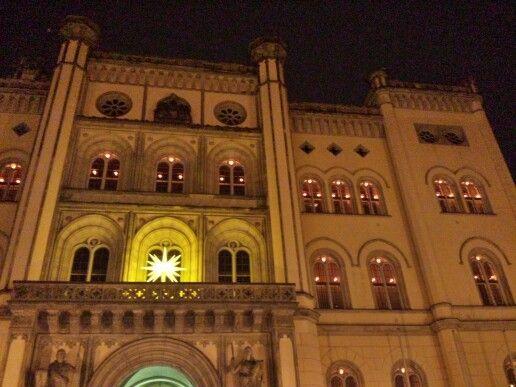Herrnhuter Sterne am Zittauer Rathaus