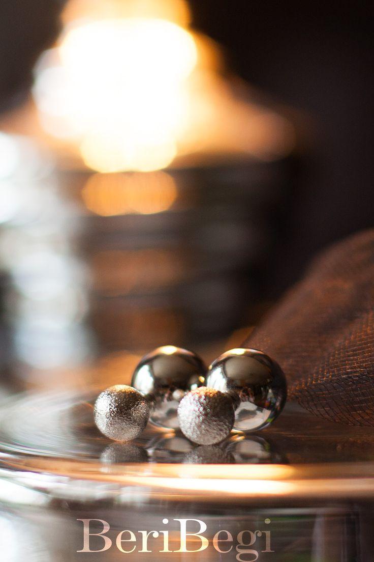 BeriBegi представляет must-have этого лета: двойные серьги с серебряными шариками, один шарик с напылением. ■ Для заказа пишите в what's up 8-925-046-18-47 ■ Весь ассортимент можете найти в наших альбомах и на сайте www.beribegi.com/ ■