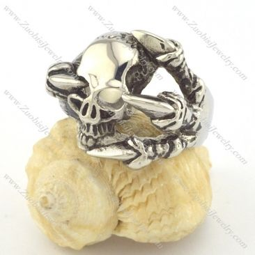 skull rings r001328 Item No. : r001328 Market Price : US$ 28.20 Sales Price : US$ 2.82 Category : Skull Rings