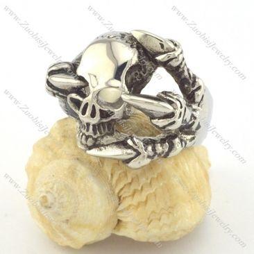 skull rings r001328 Item No. : r001328 Market Price : US$ 28.20 Sales Price : US$ 2.82 Category : Skull Rings
