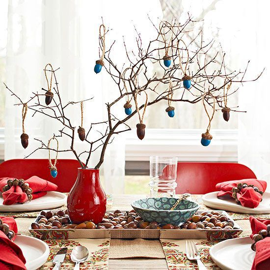 Guests will love this all-season-long decor.
