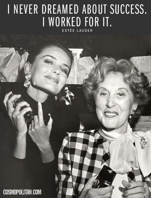 """""""La bellezza è il miglior modo per rispettare se stessi"""".  """"Il più bel viso al mondo? E' il tuo"""".  In queste due massime celebri c'è tutta Estée Lauder, fondatrice di uno degli imperi della cosmetica più famosi del mondo. 10 anni fa moriva questa grande imprenditrice, l'unica donna ad essere inserita nella classifica delle 20 personalità imprenditoriali più influenti del XX secolo, stilata dalla rivista """"Time"""". (continua: http://wp.me/p4gseF-vy)"""