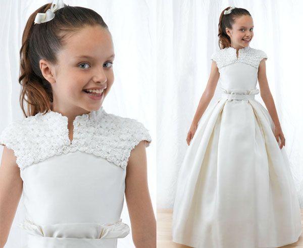 Toutes sortes de robes de première communion pour les filles