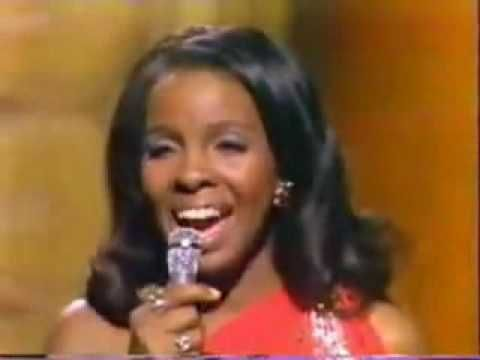 Gladys Knight & The Pips - Midnight Train To Georgia.mp4...people just can't sing this well live anymore, this is great
