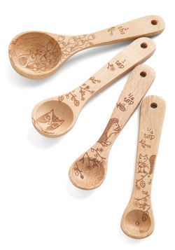 Creature Comfort Food Measuring Spoons. While some unwind with shopping, gadgets, or getaways, youd rather flutter around your cottage whipping up treats with these cute measuring spoons, while listening to the wildlife frolic outside your window. #tan #modcloth