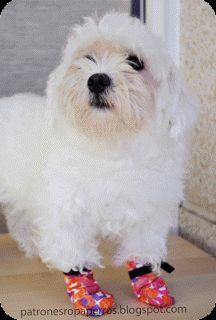 http://patronesropaperros.blogspot.mx    Patrón de botas para perro   Disfraces para mascotas  Cómo hacer ropa para mascotas  Cómo hacer dis...