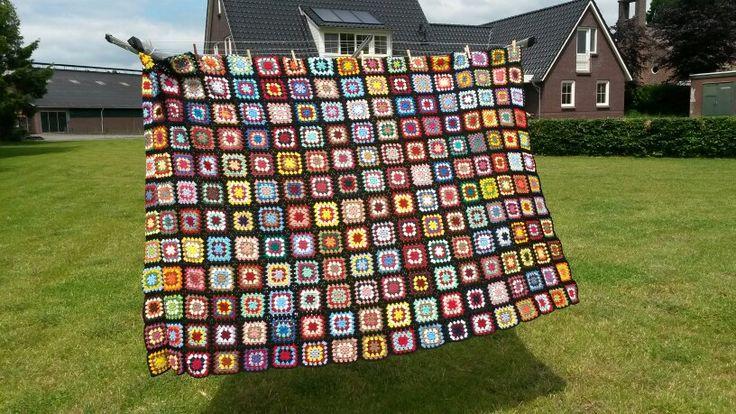 Crochet blanket 'Ruben' made from left over acryl, crochet hook size 3,5.