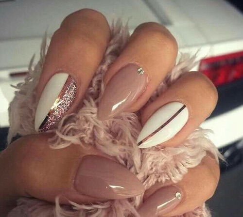 Imagem de nails, white, and glitter
