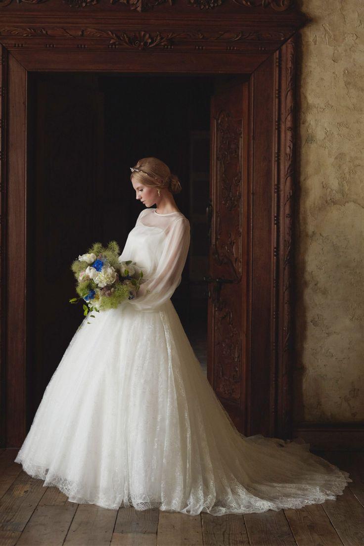 #EPNV26 #NOVARESE #weddingdress #classical #ノバレーゼ #ウエディングドレス #Aライン #ミカドシルク #チュール #クラシカル