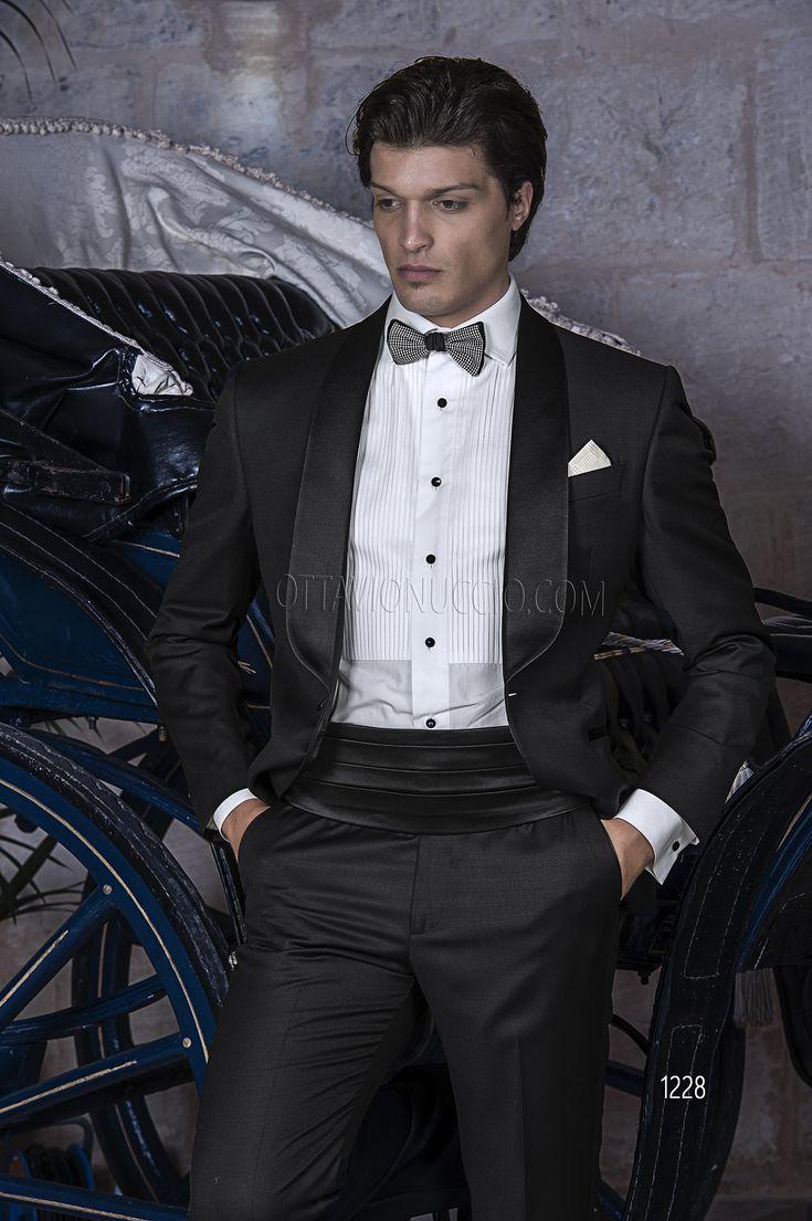 Tuxedo in lana nero con fascia raso nero