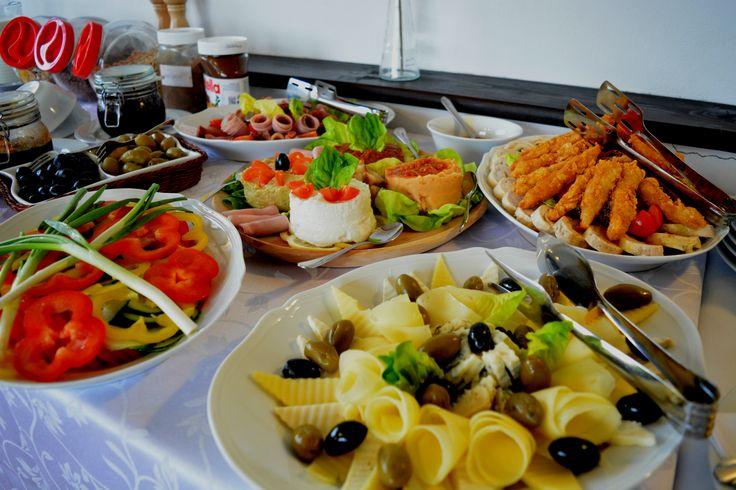 Food | Breakfast | Natural ingredients | Pleasure | Healthy | Weekend | Bratescu Mansion, Bran, Romania | Mic dejun | Conacul Bratescu