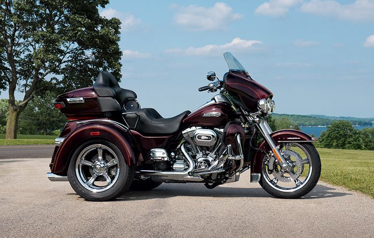 New 2016 Harley Davidson Tri Glide Ultra Trikes In Las: How Much Motorcycle Can You Fit On Three Wheels? One Look