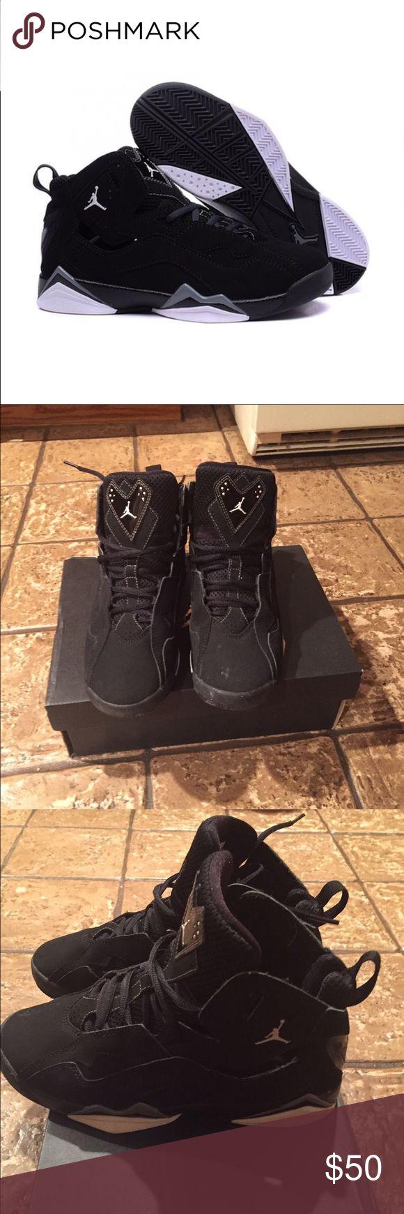 True Flight Jordan's size 4.5Y fits size 6 womens Gently used Jordans bought on poshmark but too small for me. Size 4.5 Y/ fits a size 6 in women's Jordan Shoes Sneakers