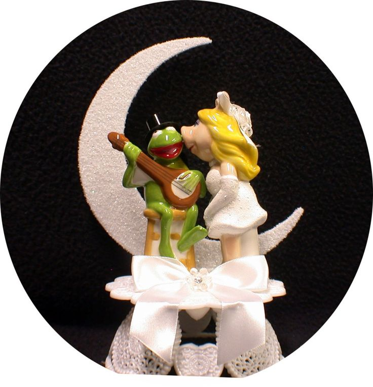 Best 25 The Muppets Ideas On Pinterest: MISS PIGGY KERMIT FROG Wedding Cake Topper Muppet Top