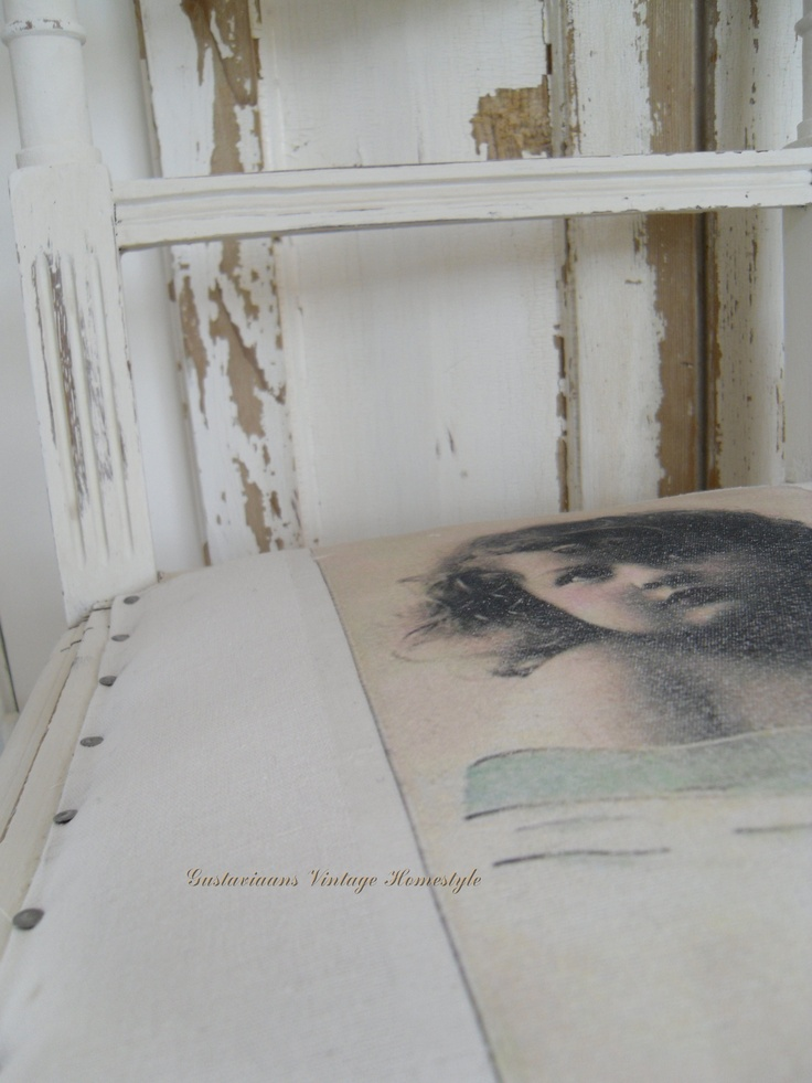 Stoffering gustaviaans Verf Annie Sloan Old White