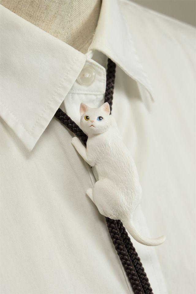 猫のループタイ:白12