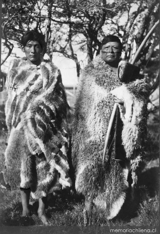 Cazadores selk'nam, hacia 1920