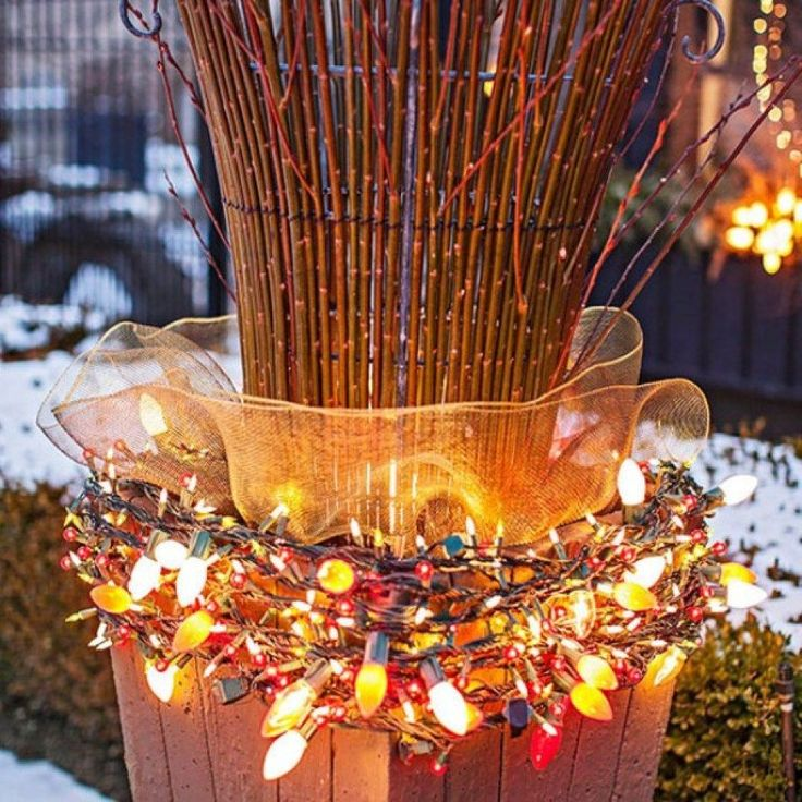 295 best outdoor christmas decorations images on pinterest Diy outside christmas decorating ideas