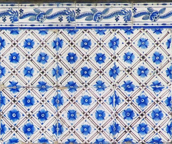 Azulejos antigos no Rio de Janeiro: Gamboa IVb - rua do Livramento