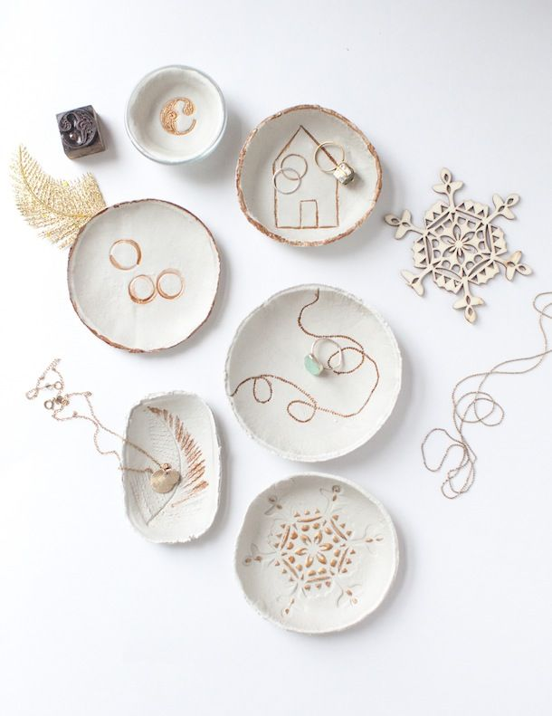 DIY Clay Bowls. these are gorgeous! Prang DAS Air Hardening White Clay rolling pin bowls in all shapes and sizes knife sponge small items with which to make impressions (lace, leaves, stamps, jewelry, stencil) gold leaf paint paint brushes