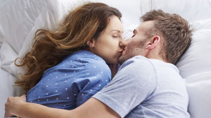 Crazy Facts About Kissing You Never Knew Kissing Facts Weird Facts Kissing Couples