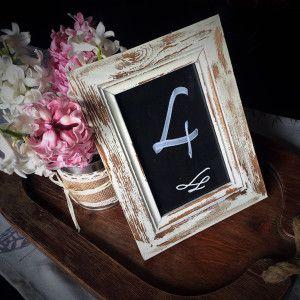 Bérelhető rusztikus keret asztalszám esküvőre