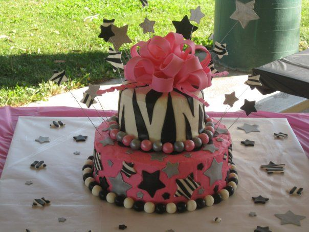 find pink rock and roll cakes | Savannah's Rock Star Cake — Children's Birthday Cakes