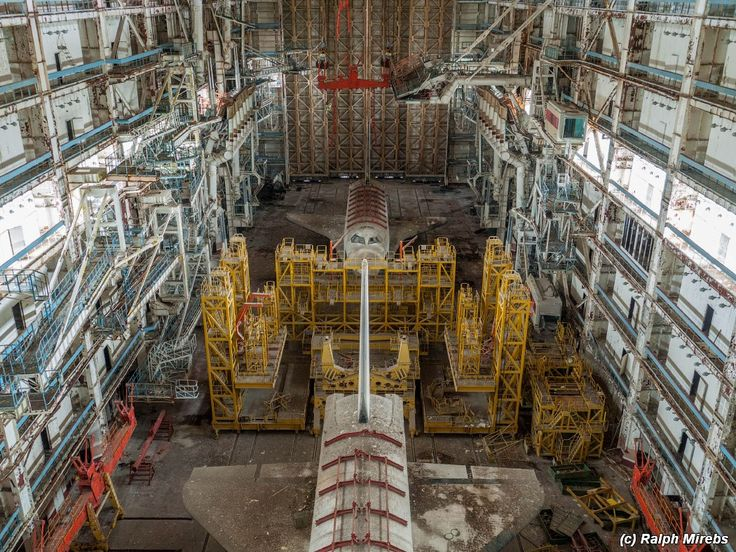 Stunning images of abandoned Soviet space shuttles | Ars Technica