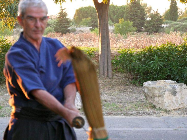 Exercices de coupe au sabre
