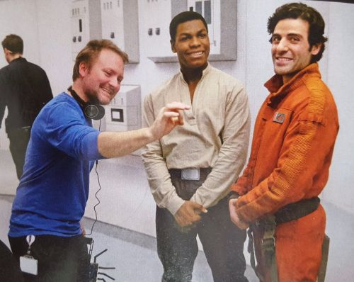 Behind the Scenes with Rian Johnson, John Boyega and Oscar Isaac - Empire Magazine scans (Oct/2017 issue)
