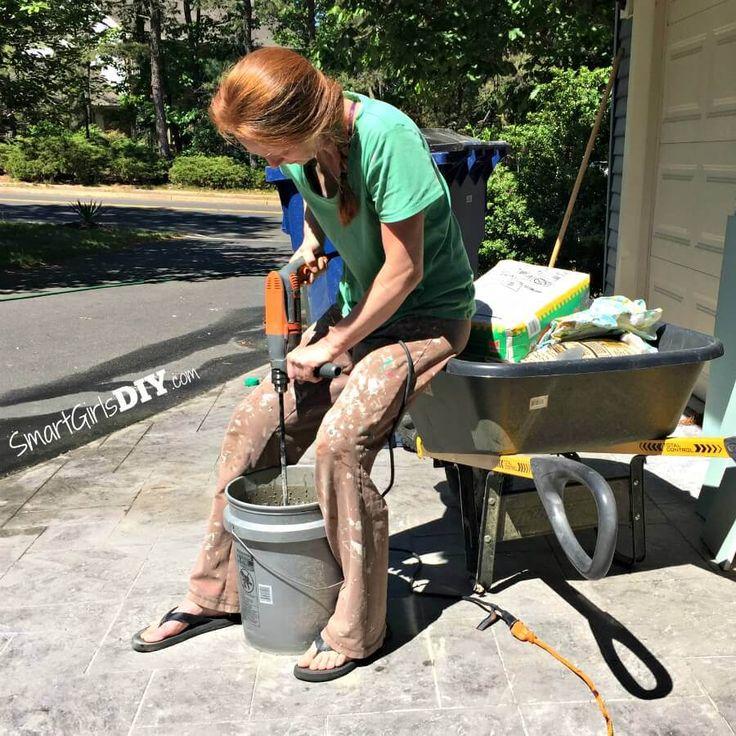 Mixing Felxbond Thinset Mortar Smart Girls Diy Projects