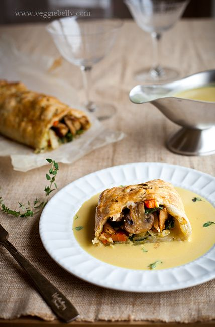 Thanksgiving Vegetarian Wellington with Fennel Braised Seitan, Thyme ...
